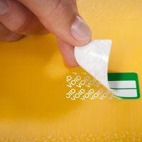 Időjárásálló, öntapadós biztonsági nyilvántartó címke