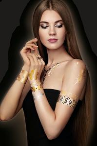 Ideiglenes lemosható tetoválás matrica.